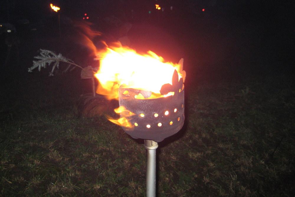 Eine der Feuerfackeln